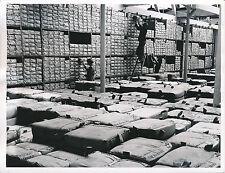 ROYAUME-UNI c.1950 - Stockage du Coton  Lancashire - Div 7685
