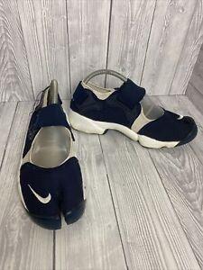 Nike Air Rift - Retro Split Toe Trainers Navy White - No Insoles - UK 7 EU 41