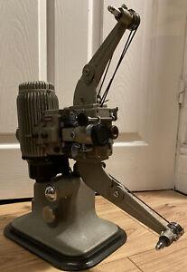 STUNNING Vintage Bell & Howell Model 613 (240v) 16mm Cine Film Projector & Case