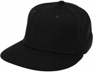 Nike Performance True Vapor Swoosh Flex Cap Unisex M/L Black Fitted Hat 633158