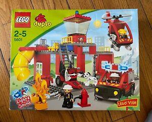 NEW LEGO Duple FIRE STATION 5601 Helicopter Ambulance Dog Fireman *Water Damage*
