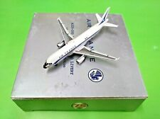 Herpa / Hogan Wings 1:400 AIR FRANCE Airbus A320-200 RETRO LIVERY F-GFKJ - Model