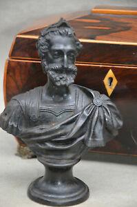 BUSTE DU ROI  HENRI IV EN FONTE DE FER FRANCE XIX ième TENUE D'EMPEREUR ROMAIN