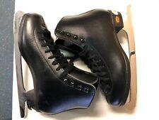 Riedell 115 boys Figure Skates - Size 4.5