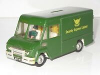 (v) triang spot on COMMER SECURITY VAN MONEYBOX - 273