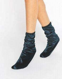 Gipsy Velvet Ankle Socks in Sapphire Blue One Size fits UK 4-7