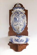 Fontaine murale ancienne—Faïence bleue et blanche—Creil & Montereau—Années 20/30