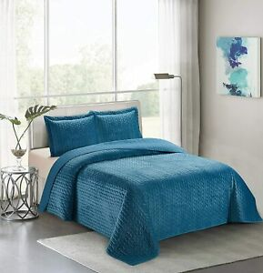 Home Collection Velvet 3 Piece Full/Queen Modern Quilted Coverlet Bedspread Set