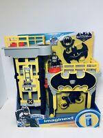 Imaginext DC Super Friends Streets of Gotham City Tower Playset & Batman Figure