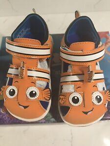 Stride Rite Finding Nemo Sandals Toddler Size 6M