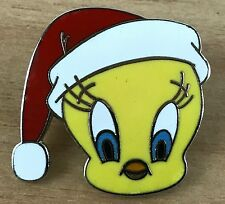 Tweetie Bird Warner Bros Santa Hat Christmas Lapel Hat Pin Headshot