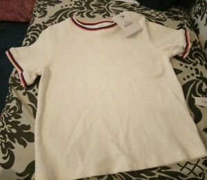 Marks and Spencer girls white T-shirt size 4-5 Years old