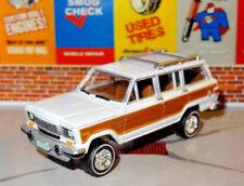 1963-1981 AMC JEEP GRAND WAGONEER 4X4 1/64 SCALE DIORAMA COLLECTIBLE MODEL W9
