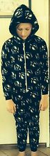 Childs size 5 COLLINGWOOD MAGPIES polar fleece all in one sleepsuit  NEW AFL