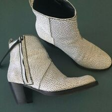 ACNE STUDIOS Pistol White/Black Leather ankle BOOTS MADE IN ITALY size 40