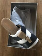 Aerosoles NIB Navy & Tan Women's Wedge Sandals Size 7.5