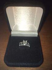 LADY'S PRINCESS CUT DIAMOND .68 CARATS VS2 PLATINUM ENGAGEMENT RING SIZE 7