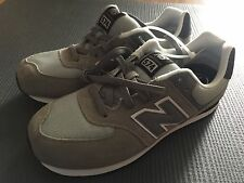 New balance Gray KL574 Sneakers Shoes Kids 6.5 Wide 245