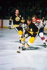 BOBBY ORR Unsigned 8x10 Photo Boston Bruins (C)