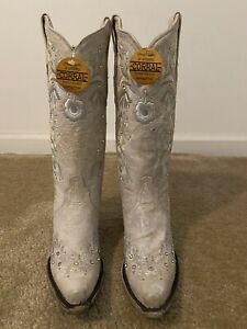 Corral White Floral Embroidered Western Boots 6.5