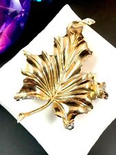 LOVELY EARLY 40'S CROWN TRIFARI VERMEIL STERLING RHINESTONE OAK LEAF DRESS CLIP