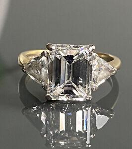 Beautiful 18ct Gold Diamond Solitaire  Emerald cut Ring  5ct GIA CERT