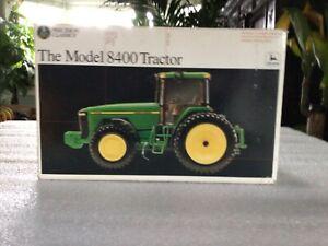Ertl Precision John Deer 8400 tractor