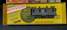 HO Scale - Roundhouse - 2829 Southern Pacific Box Cab Diesel Locomotive Train