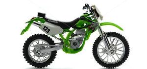MAISTO 1:18 Kawasaki KLX 250SR MOTORCYCLE BIKE DIECAST MODEL TOY NEW IN BOX