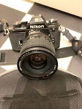 Nikon EM analoge Spiegelreflexkamera mit Tokina-Objektiv 28-70 mm und Tasche