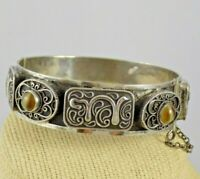 Vintage Tested Sterling Hinged Bangle Bracelet Persian Tunisian w/ Banded Agate