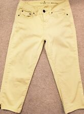Women's Bianco Limited Edition Cropped Stretch Capri Yellow Pants Cotton 25