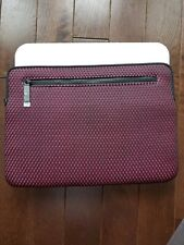 Incase Compact Nylon Sleeve for 13-Inch MacBook Pro Thunderbolt 3  - Mulberry