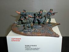 CONTE WW2-068 CAUGHT IN CROSSFIRE PART 1 WORLD WAR TWO GERMAN TOY SOLDIER SET