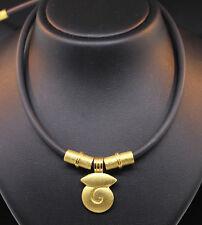 DESIGN : IRENE BRUCKMANN KAUTSCHUCK-COLLIER MIT 990/-GOLD / PLATIN WERT 4500,- €