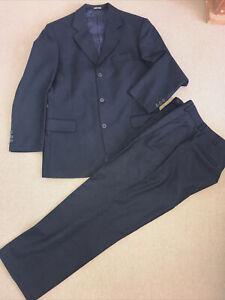 Pierre Cardin Paris 2 Piece dark Navy Suit super 100's extra Fine Wool