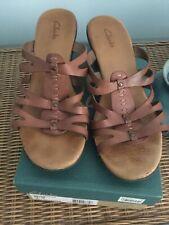 Womens CLARKS 80128 Brown Leather Block Heel Sandals Slides SIZE 10M