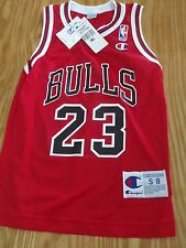 Vintage 90s Michael Jordan Bulls Replica un signed Jersey New with tags Y SM