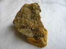 Pièce de cristaux de Calcite scalénoèdres  en géode