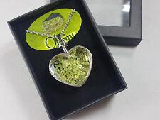 Colgante Corazon OLIVINO con Cadena, Cajita de Regalo / Heart OLIVINE Necklace