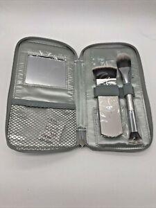 IT Cosmetics Your Contour Highlighting 2 Piece Brush Set - New