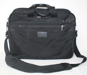 Briggs And Riley  Large Expandable Brief Black Travelware KB402X-4