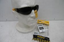 DEWALT PROTECTOR SMOKE SAFETY GLASSES EN166 & CE DPG54 2D