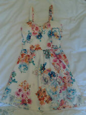 Select Floral Dress Size 6