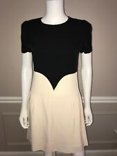 Classic Victoria Beckham Dress. Size 6. Excellent condition.Black and off-white.
