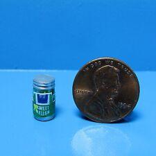 Dollhouse Miniature Jar of Sweet Relish ~ FA40067