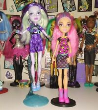 Monster High Howleen Wolf & Twyla Dolls