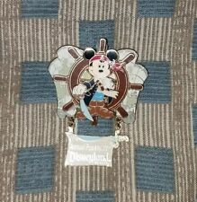 2006 Disneyland Pirate Mickey Annual passholder pin. Limited Edition of 3000