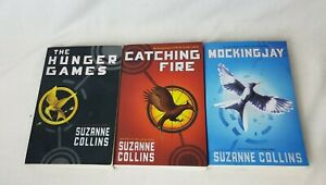 The Hunger Games Trilogy Series Book Lot Complete Set of 1-3 Paperback