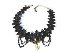 Bijou dentelle gothique alliage bronzé et perle fantaisie necklace